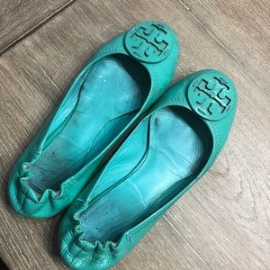 Tory Burch Teal Parent Leather Flats Size 7.5